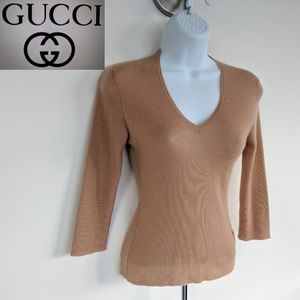 GUCCI Cashmere nude v-neck lightweight knit top